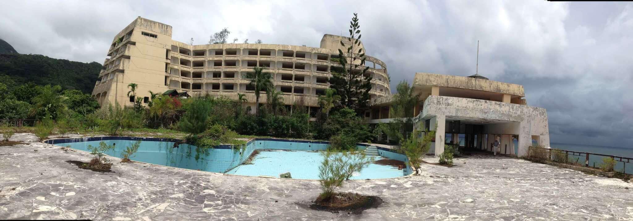 mahe-beach-hotel-01